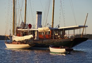 Паровая яхта
